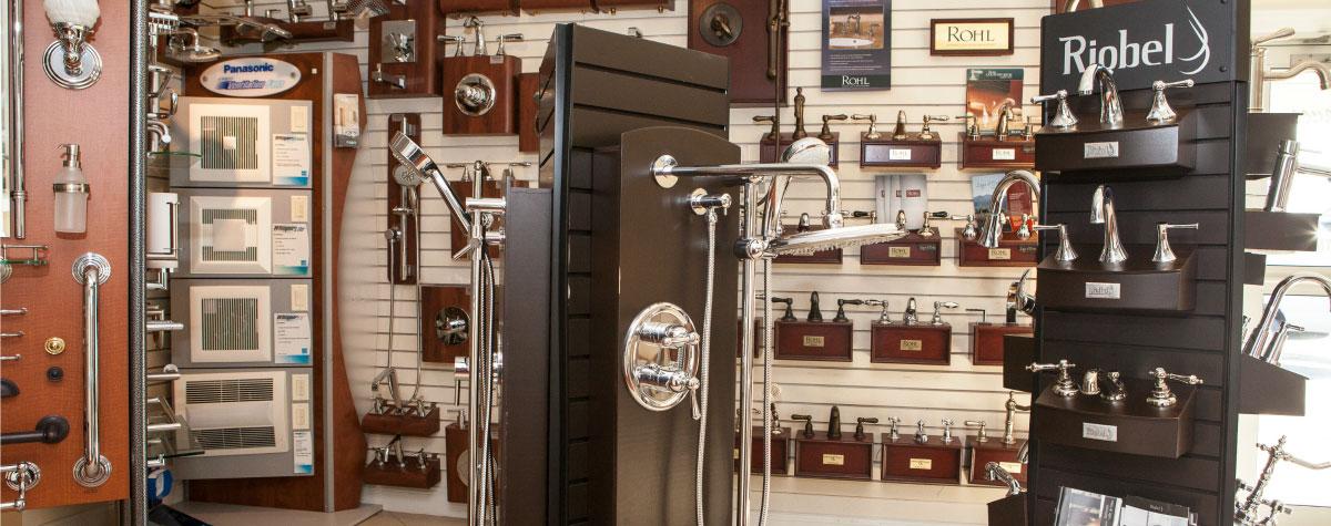 Small bathroom storage solutions philadelphia weinstein for Weinstein kitchen and bath